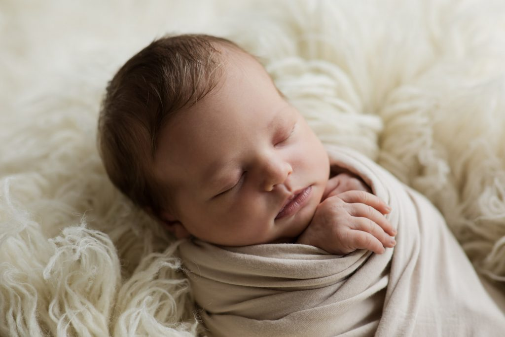 Baby Fotoshooting schlafen